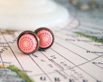 vintage framed pink and white tribal post earrings- small size-pastel -scandinavian
