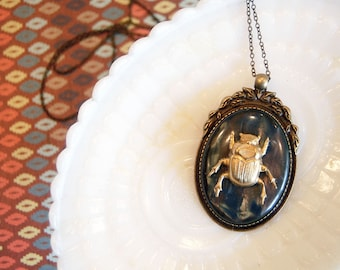 vintage beetle gothic inspired pendant necklace - marbled cabochon