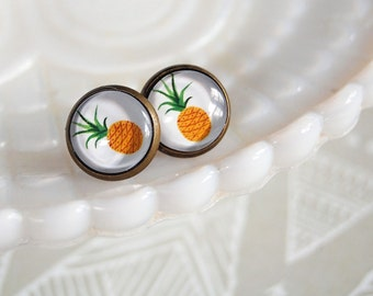 Pineapple framed post earrings- summer style- beck- tropical- aged brass