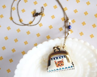 kitten tribal pattern mini coin purse necklace- vintage glass beads- cat lady