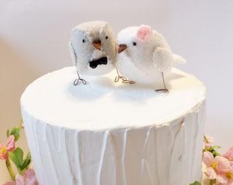 Mini Birds - Light grey and white love birds - Wedding cake topper