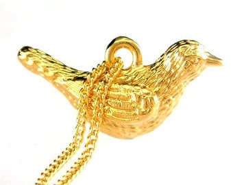 Birdhouse Jewelry - Gold Love Dove Necklace