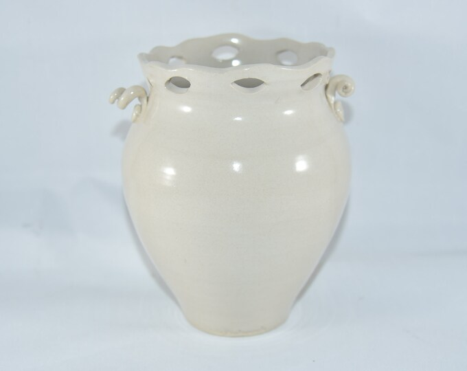 Flower Vases + Urns