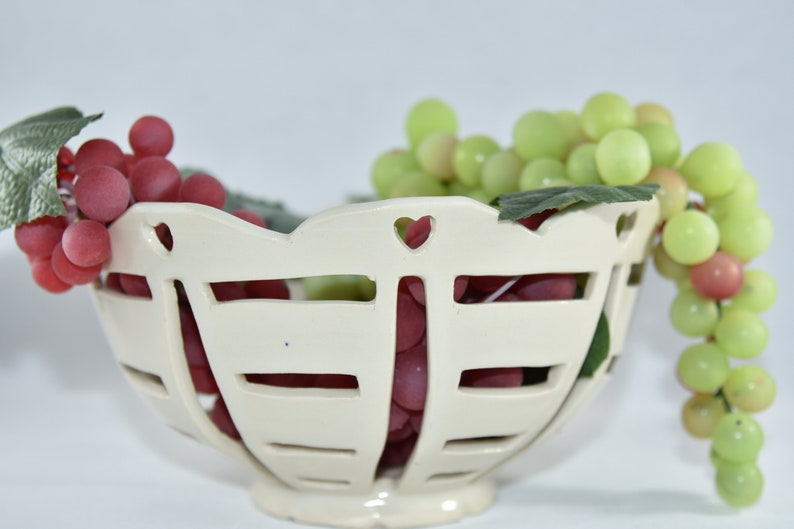 White Ceramic Fruit Bowl with Hearts and Lattice Cut Outs. image 0