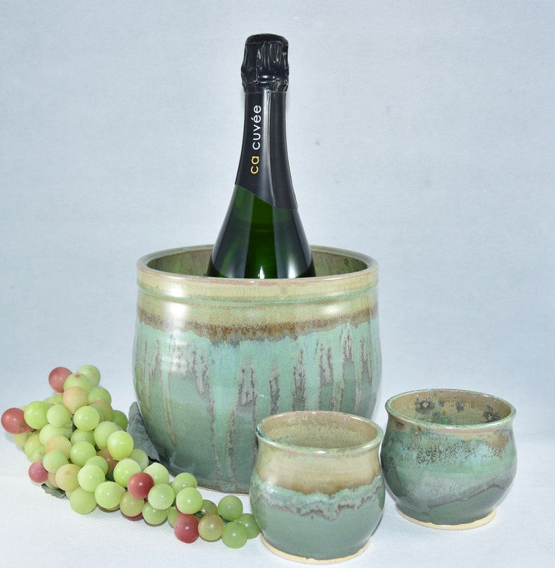 Champagne Bucket. Ceramic kitchen utensil holder. Wine Cooler. image 0