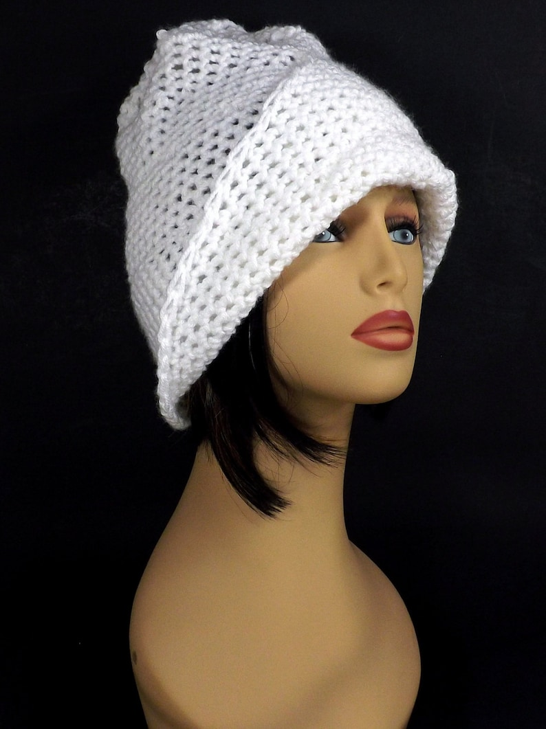 2f7670d49 Gifts to Make, Ombretta Single Crochet Stitch Pattern for Beginners Step by  Step Easy, Chemo Cloche Hat with Brim One Skein Adult Size