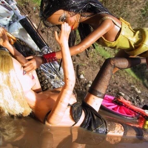 Lesbianas imágenes de lucha libre de barro