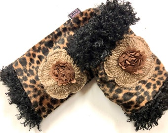 Fingerless Gloves with Fuzzy Flower and Leopard Faux Fur Gift under 50