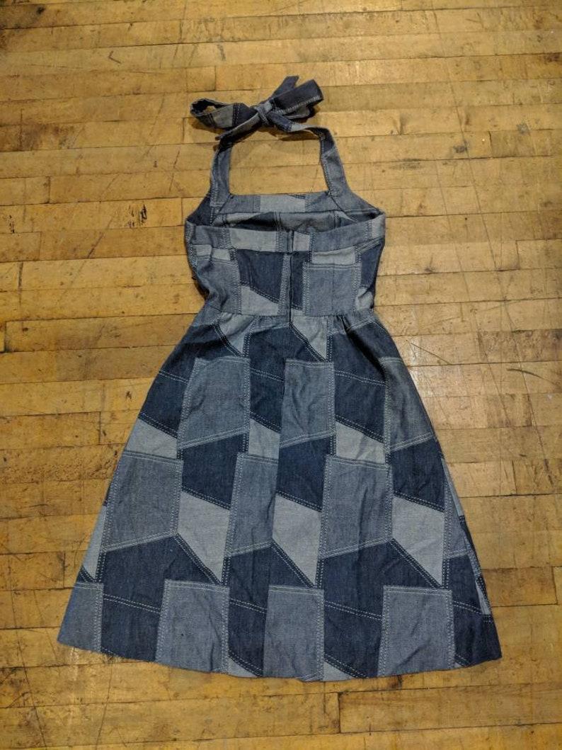 243e5895d40 70s Denim Halter Dress Patch Print Small Bust 36