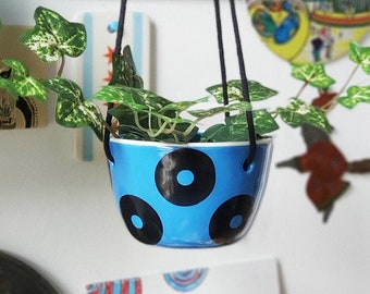 A Hanging Planter for your cutie pie small plant, w/Big Ditty all-over pattern shown here on Lake Blue glaze. Made to Order/Pick Your Color