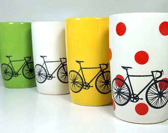 Tour de France. An Expertly Crafted & Fabulous Theme Set of (4) 18oz Tumblers, perfect for the cycling fan, fan of cycling races, cyclocross