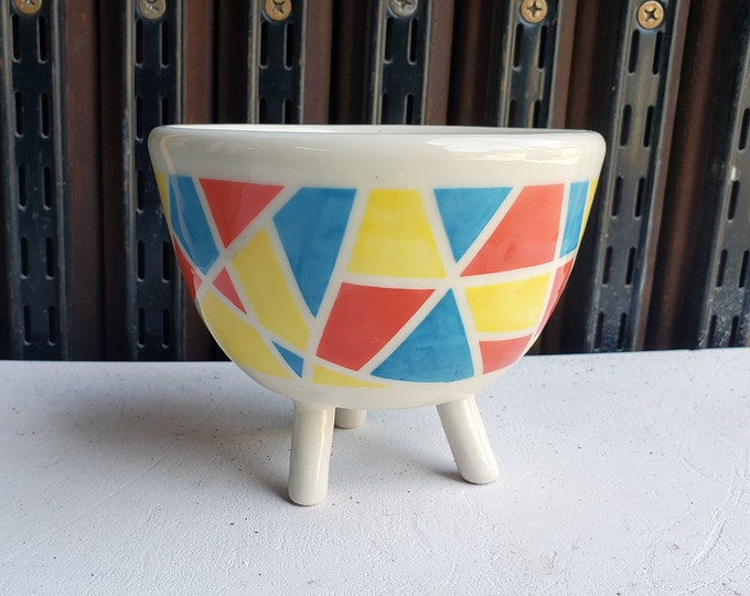 Featured listing image: A 3 Legged Planter for your lovely small plant, with Kaleidoscope design - Ready to Ship.