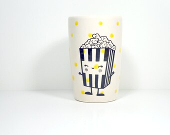 18oz tumbler with a happy popcorn on polkadots, made to order / pick your colour