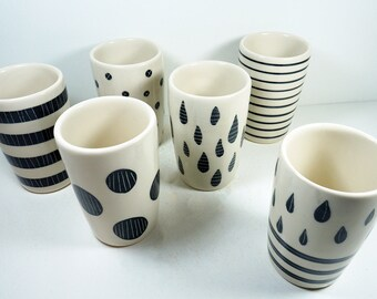 NEW. A Sweet Modern selection of 18oz tumblers/vases w/carved designs in Black & White perfect for Winter housewarming and entertaining