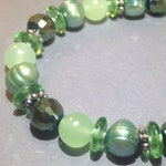 Mint Green Chalcedony Bracelet - Freshwater Pearls - Stretch Bracelet - Boho Chic - Gemstone Jewelry - Wrap Bracelet - Gift For Her