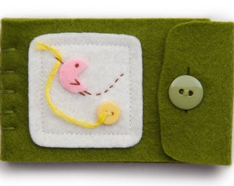 Green Felt Pin Keeper and Sewing Notion For DIY Crafting, Hand Sewn Bird Embroidery Design, Heirloom Needle Case