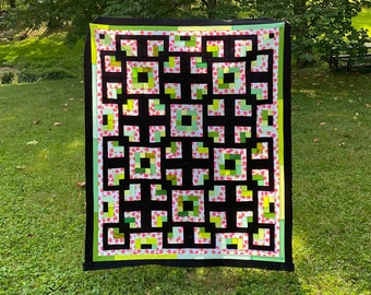 Lazy Labyrinths Quilt PATTERN includes FIVE SIZES