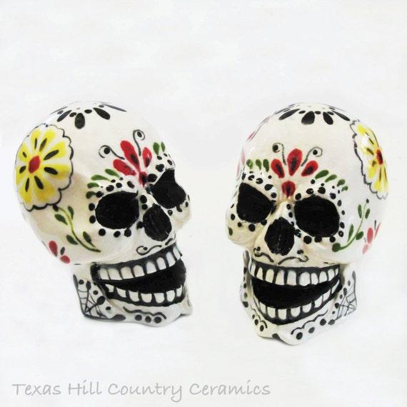 Day of the Dead Sugar Skull Salt and Pepper Shakers Colorful Mexican Folk Art Design Dia de los Muertos Traditional Decor