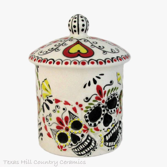 Ceramic Round Skull Container and Lid, Day of the Dead Mexican Folk Art Design, Bath Vanity or Kitchen Skull Ware, Candy Holder Hand Painted