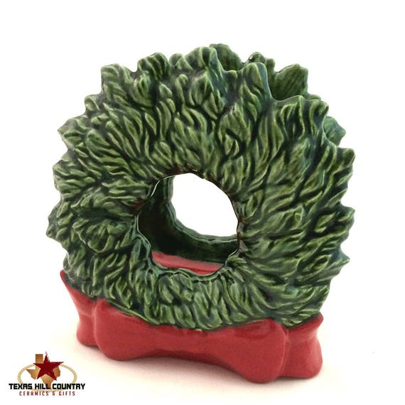 Green Wreath Napkin Holder with Red Bow, Ceramic Holiday Table Decor, Christmas Table Setting Decoration, Letter or  Kitchen Hot Pad Holder