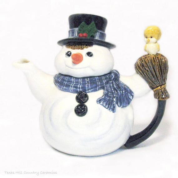 Frosty the Snowman Teapot, 36 ounce Teapot, Collectible Teapot for Hot or Cold Beverages, Made to Order