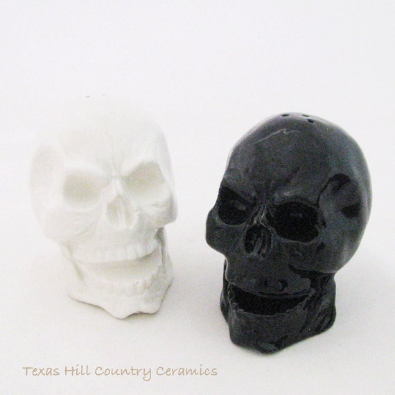 Ceramic Skull Salt and Pepper Shakers in Black and White. Halloween Decorating for a Haunted Look Table or Kitchen or Pirate Theme Kitchens