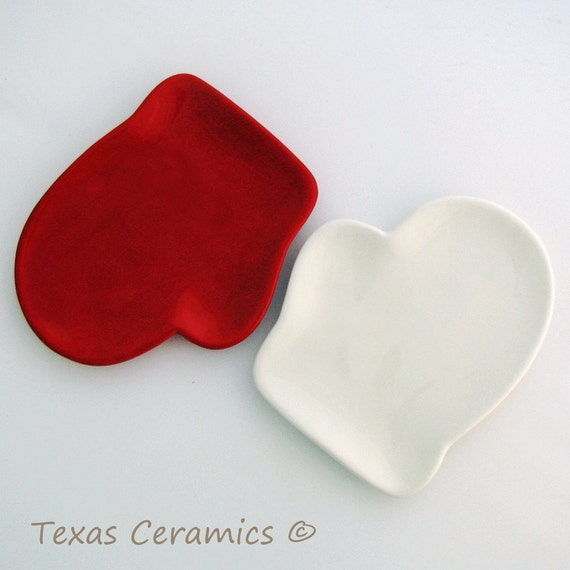 Mitten Tray or Ceramic Spoon Rest in Solid Red or White Christmas Holiday Cookie Tray or Small Plate Decor