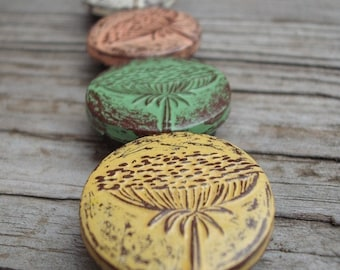 Queen Annes Lace Magnet Set, Flower Refrigerator Magnets, Floral Magnets, Floral Kitchen Decor, Office Decor, Coworker Gift, Teacher Gift