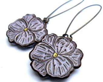 Lavender Violet Dangle Earrings, Violet Flower Drop Earrings, Purple Violet Earrings, Gift for Mom, Gift for Wife, Gift for Daughter
