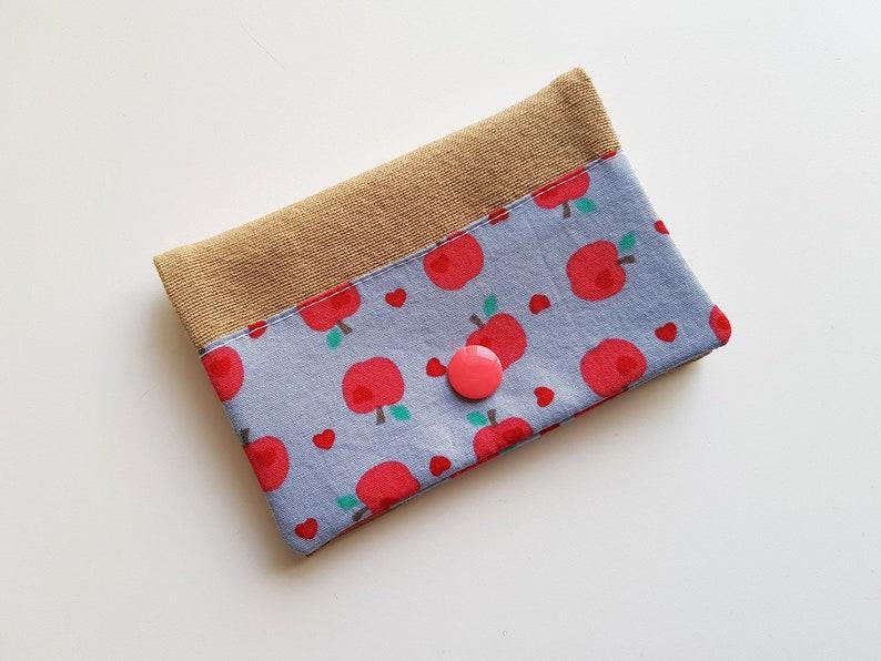 Card holder  apples  blue gray  red  pink  fruit  snap  image 0