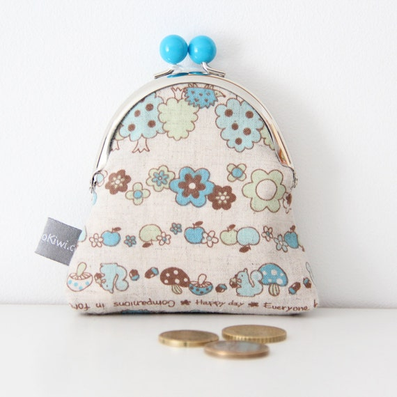 Metal frame coin purse - flowers - tree - squirrel - blue - green - shopping - change - retro - girly -- Kiclac Automne