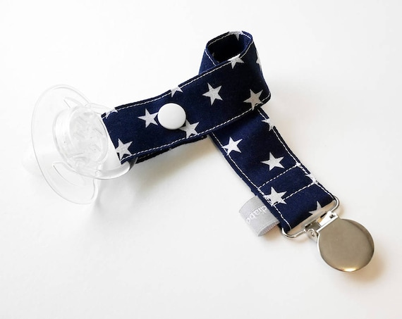 Pacifier clip - snap - enamel clip - stars - navy - white - cotton fabric - baby - baby girl - baby gift - baby shower - dummy