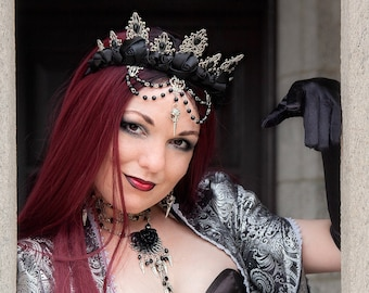 Gothic Beaded Flower Crown   Unseelie   Costume Crown, choose your charm, dragon, unicorn, raven skull, or jet drop