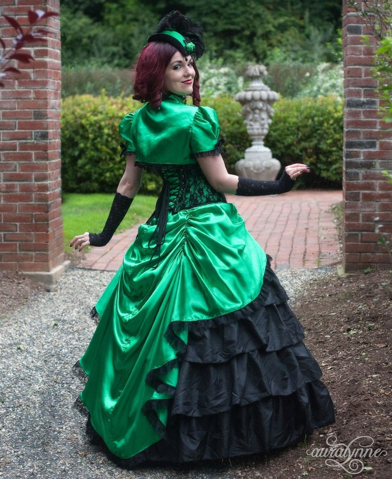 5189a3f6ad16 Gothic Ball Gown Emerald Elegance Green Wedding Dress