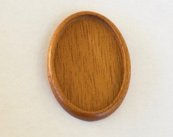 Large LIGHT bezel setting fine finished hardwood - Mahogany - 34 x 52 mm cavity - (A603c)
