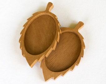 Unvarnished - Leaf - Brooch Blank - Pin Setting - Mahogany Wood - 30 x 40 mm - (UD11) - Set of 2