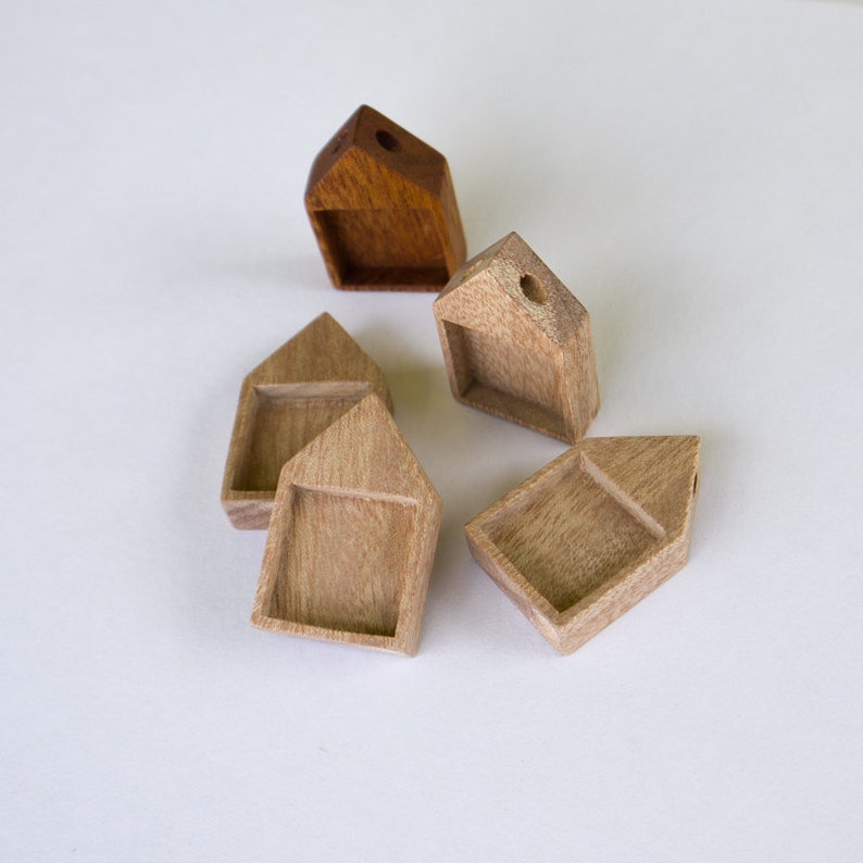 Unfinished Neat pendant blanks Natural Mahogany Wood 19 mm - - Set of 4 H419-M