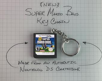 VINTAGE New Super Mario Bros.- KEY CHAIN