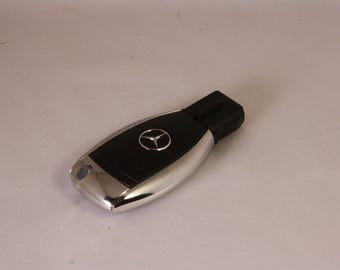 32GB Mercedes Benz USB Flash Drive in the style of a Car Key!