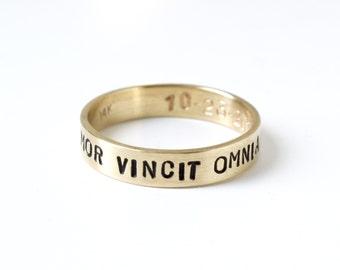 Ladies Amor Vincit Omnia 14k yellow gold stamped ring