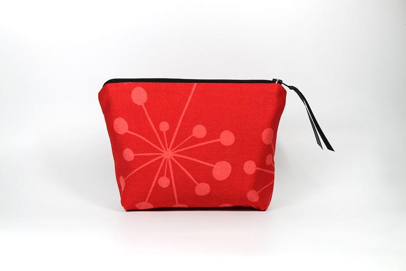 Red Starburst Zipper Pouch image 0
