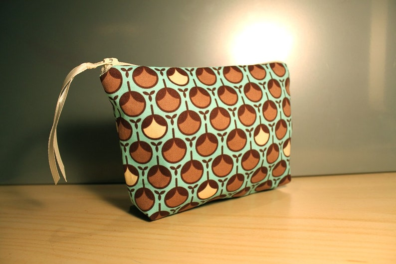 Blue and Brown Bud Zipper Pouch image 0