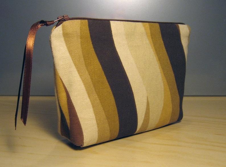 Brown Wave Zipper Pouch image 0