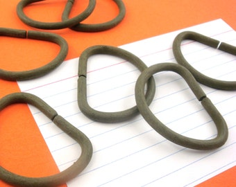 60 pieces d rings heavy duty  / olive green / 1.25 inch interior dee ring / d-ring . bulk set . CLEARANCE SALE