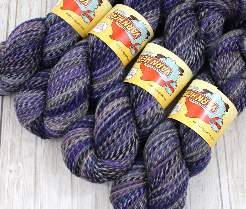 DK   LAZY DAY   Superwash Merino Wool  ColorMix Yarn hand image 0