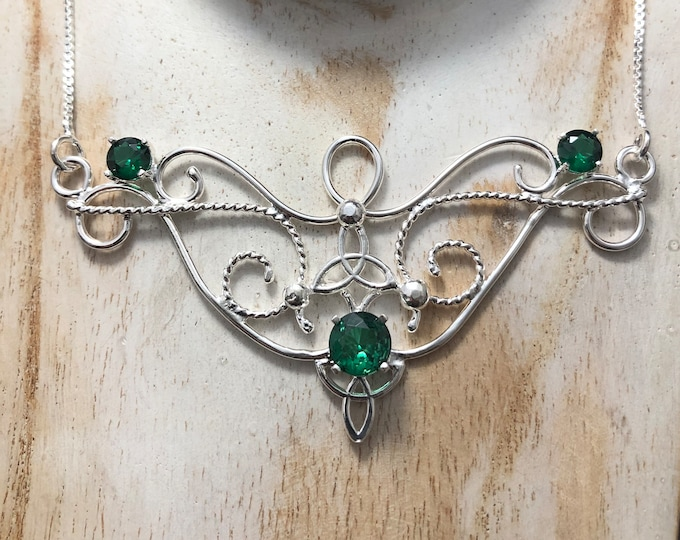 Tudor Renaissance Emerald Necklace in Sterling Silver, Elizabethian Choker Jewelry, Gifts For Her, Alternative Style, Artisan