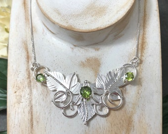 Woodland Elvish Sterling Silver Necklace, Elvin LOTR Leaves Fae Renaissance Necklace with Lab Emerald, 16 inch Box Chain 925, Bohemian Style