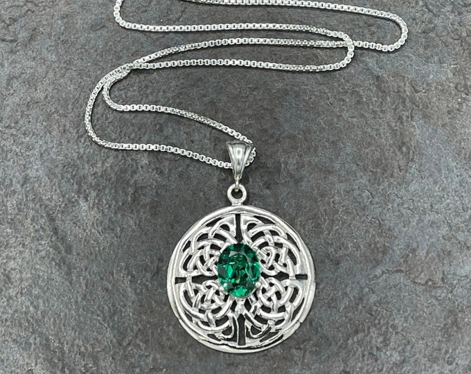 Celtic Knot Emerald Necklace in Sterling Silver, Irish Symbolic Necklace with Emerald, Scottish Jewelry, Gift for Her, Anniversary