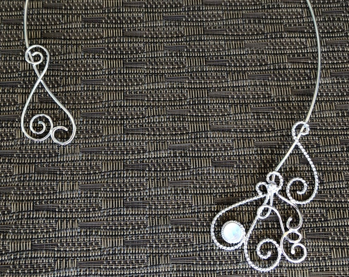 Neck Rings in Sterling Silver with Moonstone, Neck Jewelry, Renaissance Neck Torc, Fairy Neck Torcs