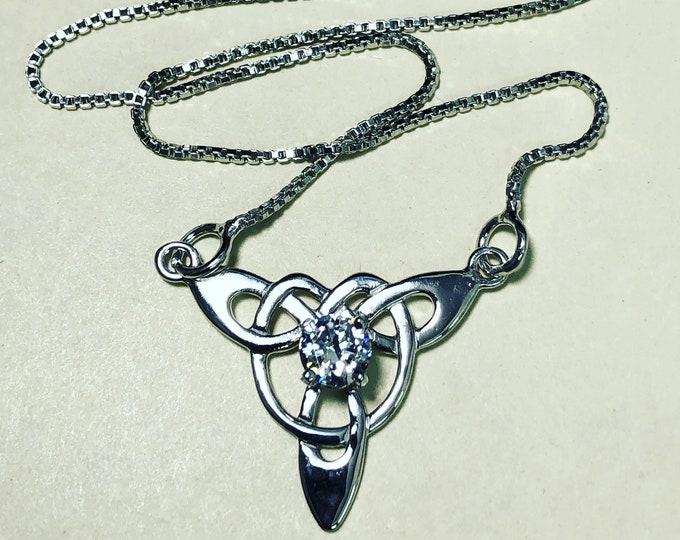 Celtic Trinity Knot Necklace with Amethyst Topaz Peridot, Irish Bohemian Celtic Hipster Necklace, Amethyst Celtic Boho Necklace